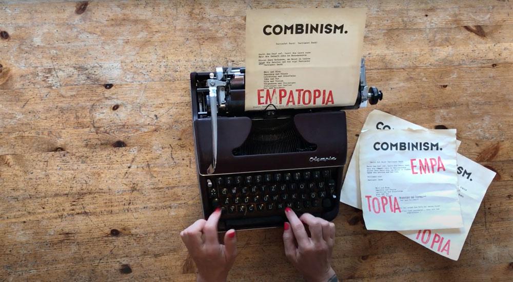 Schreibmaschine Manifest Combinism EMPA und TOPIA